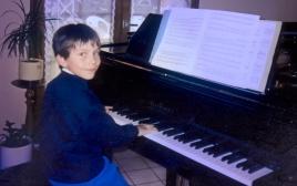 Eric Artz - 9 ans